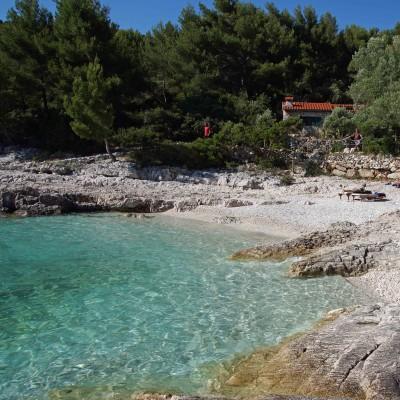 Robinson Beach Hvar Croatia_edited-1