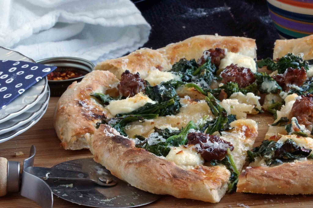 broccoli rape, Italian sausage & ricotta pizza