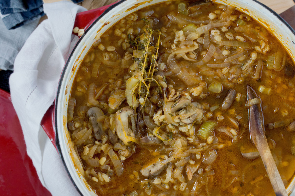 Caramelized-Onion,-Barley-&-Mushroom-Soup