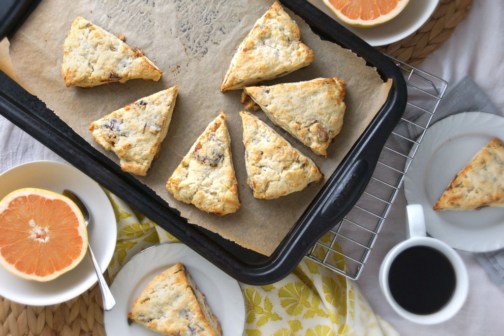 Date,-Walnut-&-Gouda-Scones