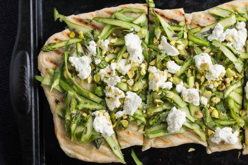Asparagus, Ricotta & Pistachio Flatbread